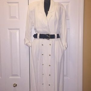 Cream coat dress with gold buttons Sz 8 and belt
